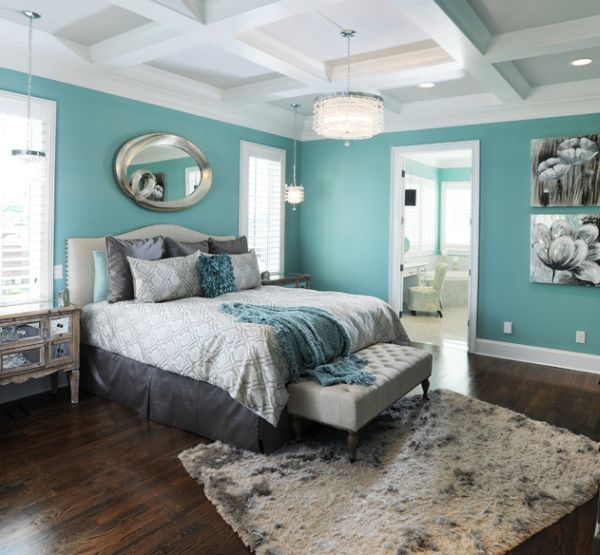 coole schlafzimmer farbpalette türkis wand spiegel wasser