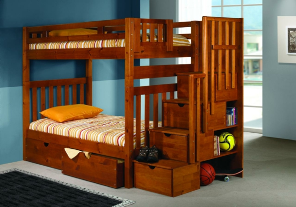 w hlen sie das richtige hochbett mit treppe f rs kinderzimmer. Black Bedroom Furniture Sets. Home Design Ideas