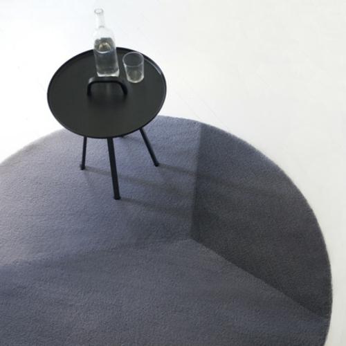 designer möbel kollektion geometrisch farben hocker kafeetisch