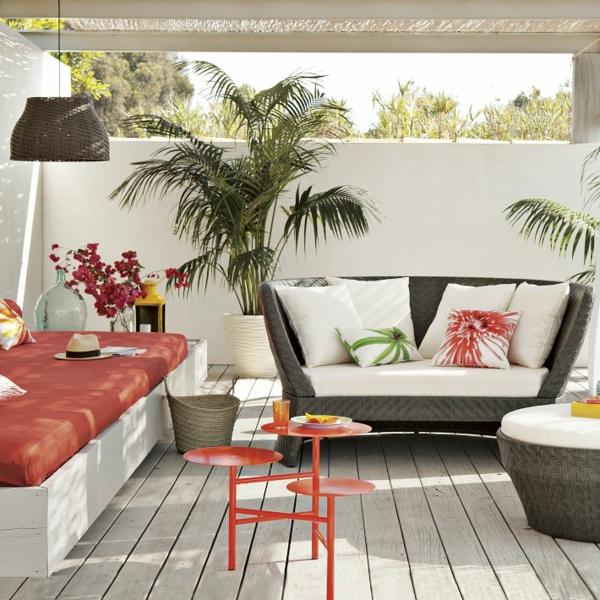 die flecken am deck entfernen befolgen sie unsere tipps. Black Bedroom Furniture Sets. Home Design Ideas