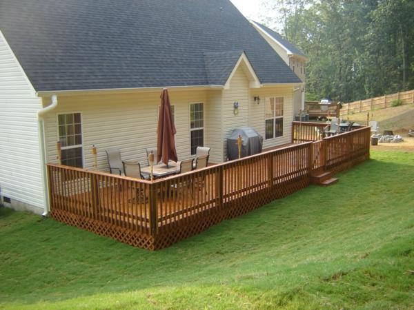 Die flecken am deck entfernen befolgen sie unsere tipps - Gartenzaun aus paletten ...