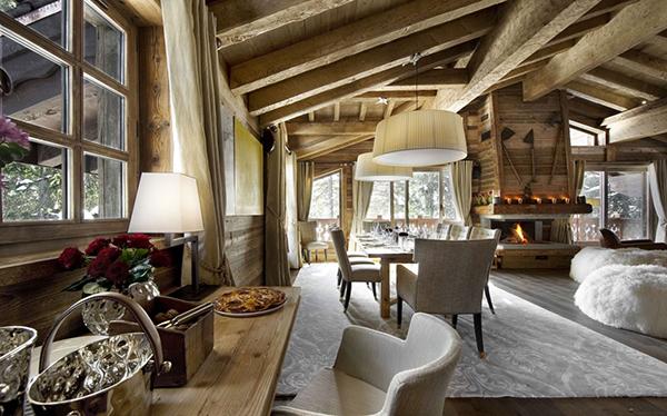 elegantes berghütte design tisch sessel essbereich