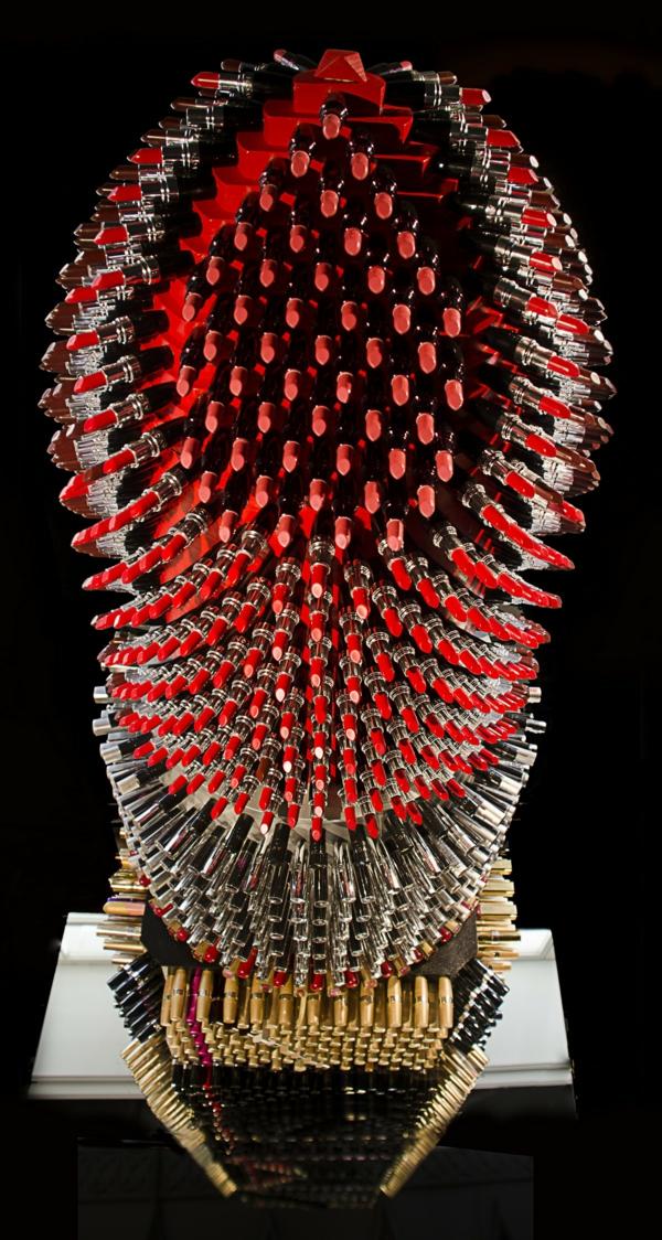 Enormer Designer Lippenstift aus lippenstifthülsen idee recycelt
