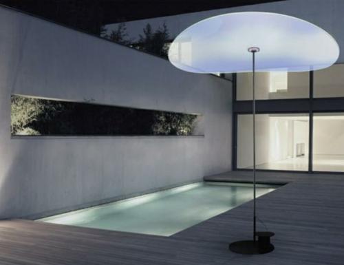 trendy lampen ideen außenbereich freistehend pool