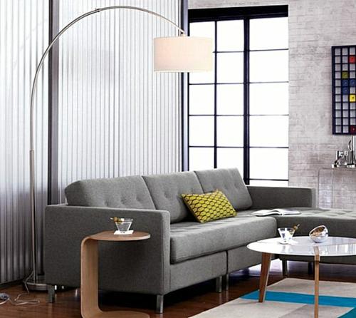 erstaunliche trendy lampen ideen sofa grau kissen gelb