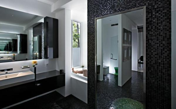 Elegant Badezimmer Fliesen Mosaik Schwarz Exotisches Privates Hotel In Indonesien  Von David Wahl Entworfen.