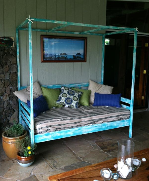 extravagante attraktive outdoor bereich holz bank blau bemalt