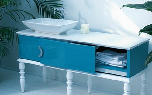 Badezimmer Kommode Schubladen : Feminine Blaue Badezimmer Möbel Von Ypsilon  Designt