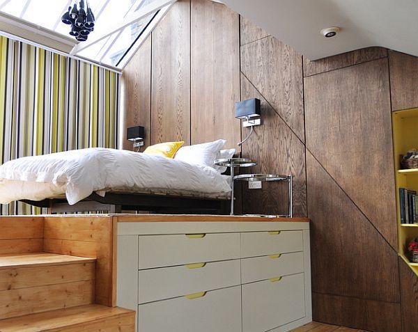 gemütliches schlafzimmer design im dachgeschoss essbereich streifen