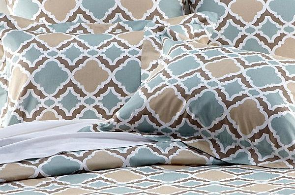 herbstliche bett wäsche designs idee modern blau goldig decken