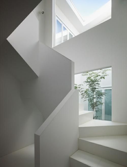 Japanisches Zahnklinik Design vom Architekten Hironaka Ogawa entworfen