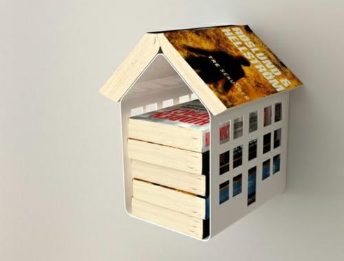 kreative bücher aufbewahrung idee vogelhaus metall wand befestigt