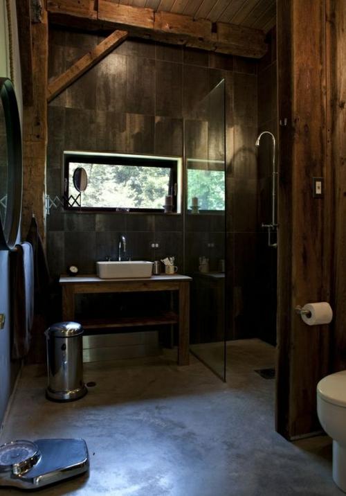ländliche badezimmer design ideen rustikal dunkles ambiente