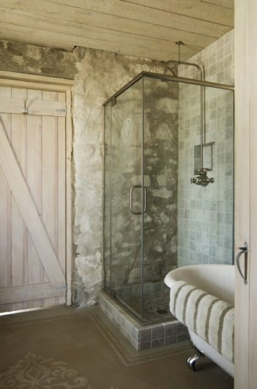 ländliche badezimmer design ideen rustikal glas trenwände