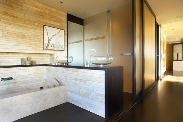 luxus apartment in kalifornien mit panorama fenstern badezimmer