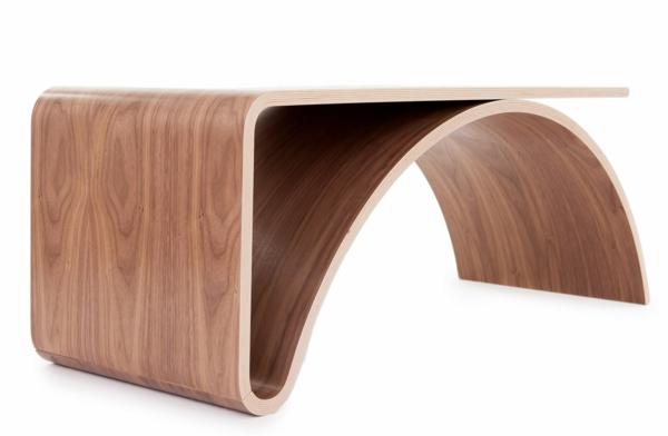 Minimalistischer Holz Couchtisch von Johani Horelli entworfen