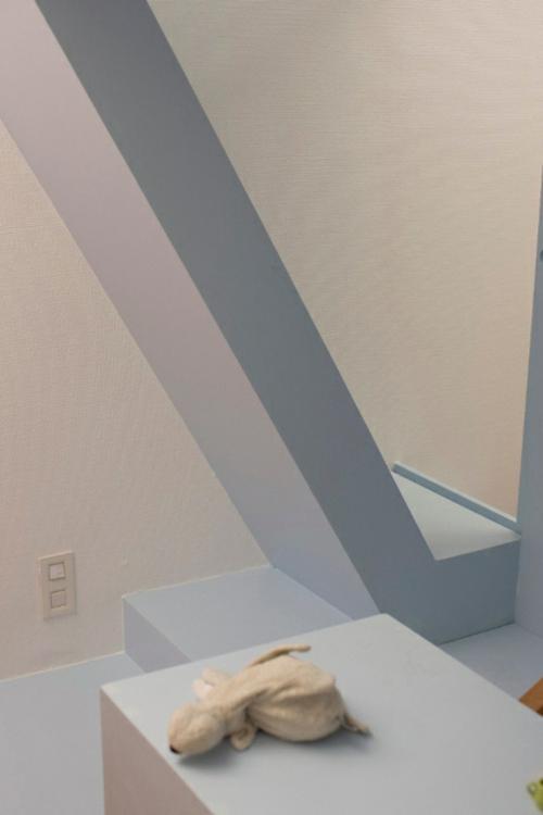 minimalistisches kinderzimmer design von h2o architekten. Black Bedroom Furniture Sets. Home Design Ideas