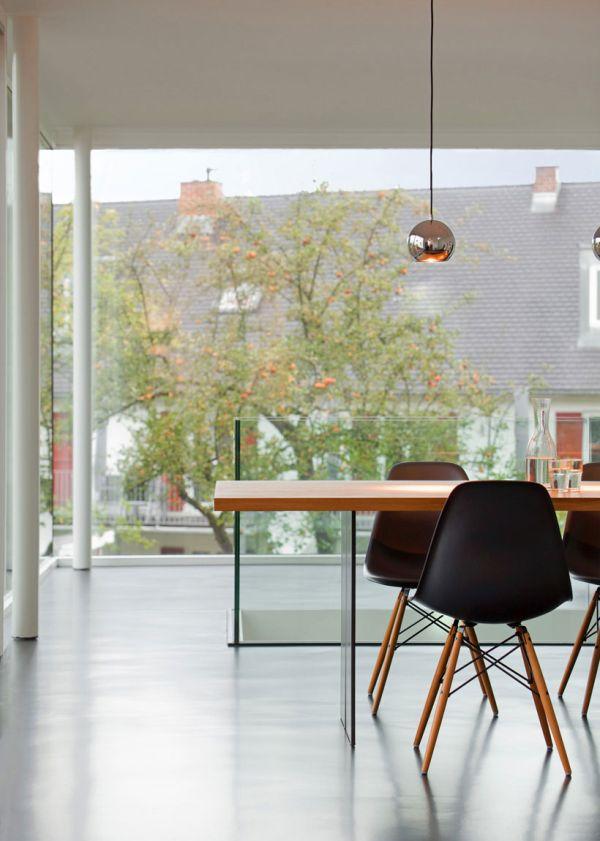 moderne haus erweiterung esszimmer holz tisch stuhl