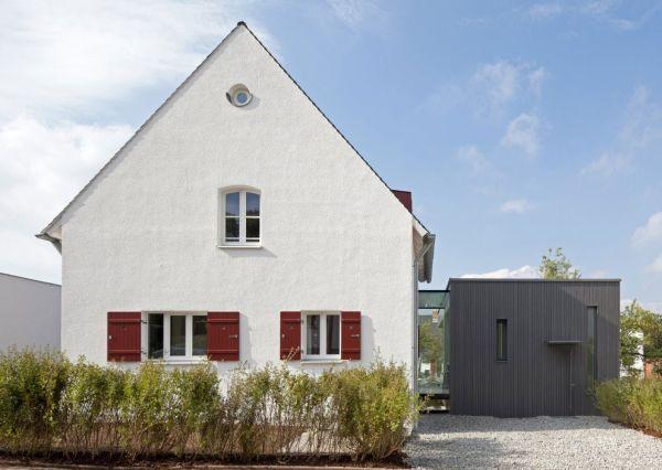 Moderne haus erweiterung umbau von traditionellem for Modernes haus dach
