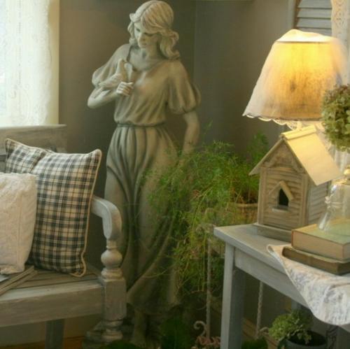 Vintage frischer Zimmer Garten gießkanne sitzbank kissen