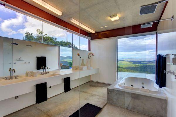 trendy brasilianisches haus badezimmer badewanne