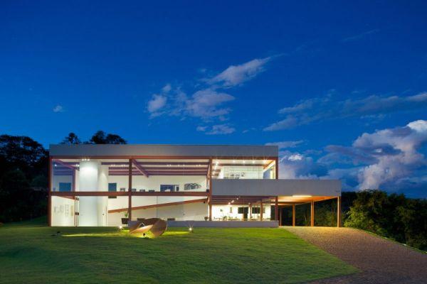 modernes brasilianisches haus fassade architektur glas fenster