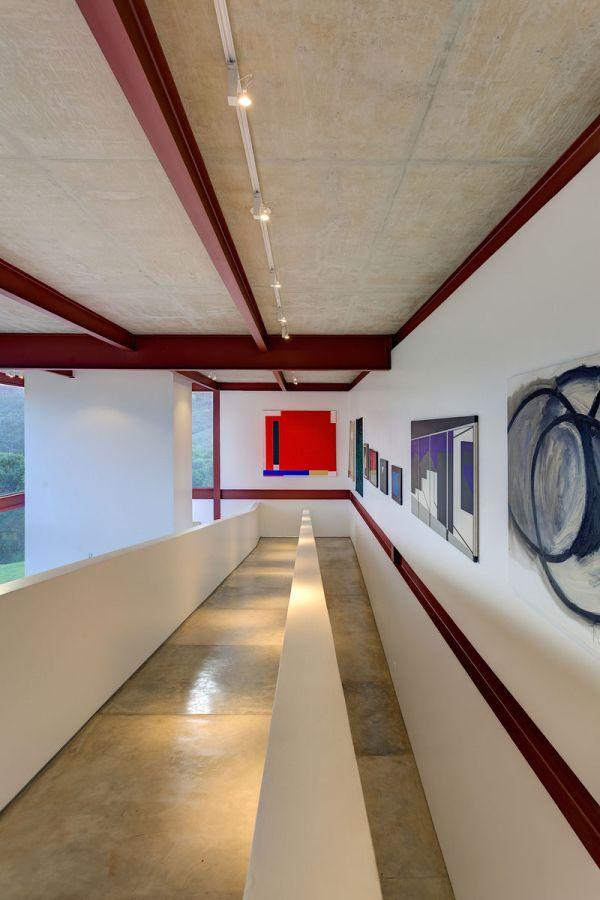 modernes brasilianisches haus fassade kunstwerke malerei wände