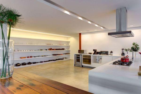 modernes brasilianisches haus küchenbereich weiß ausstattung