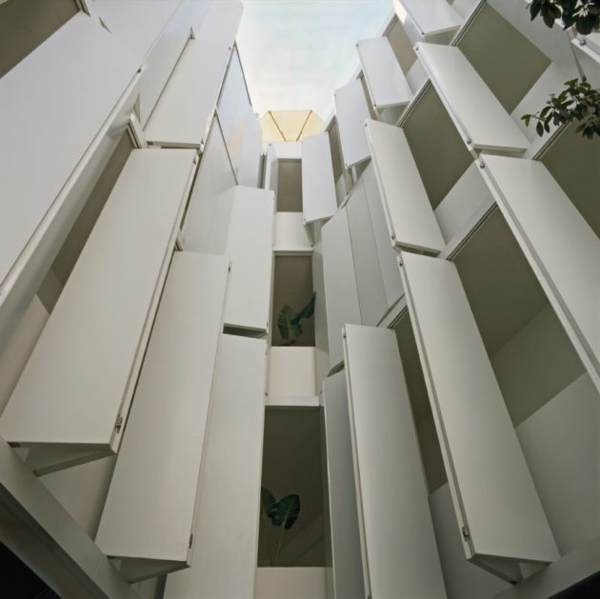 modernes funktionales hotel französsisch neoklassisch gebäude
