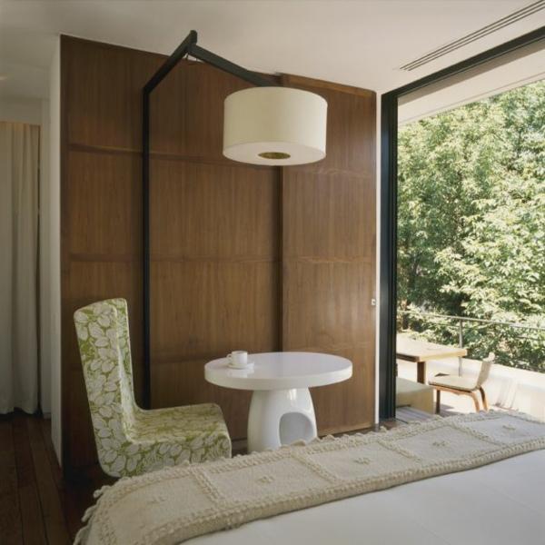 modernes funktionales hotel französsisch neoklassisch kaffeetisch