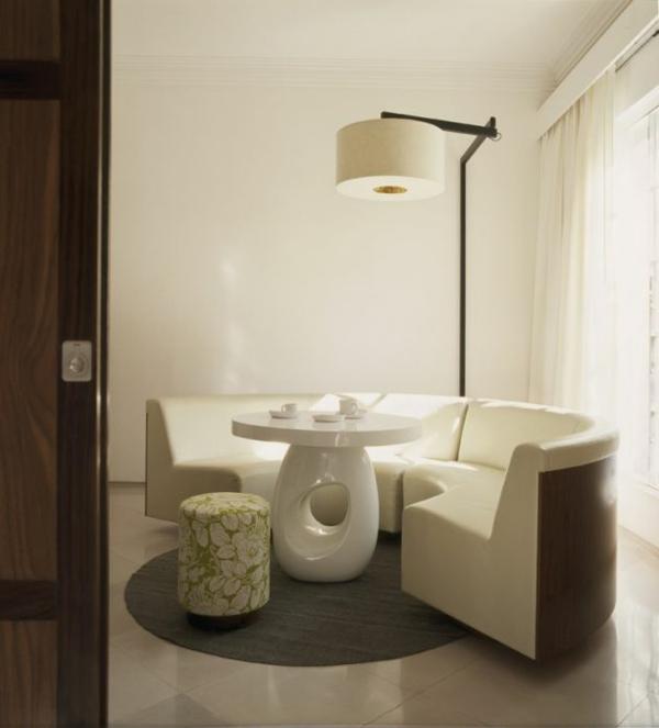 modernes funktionales hotel französsisch neoklassisch möblierung