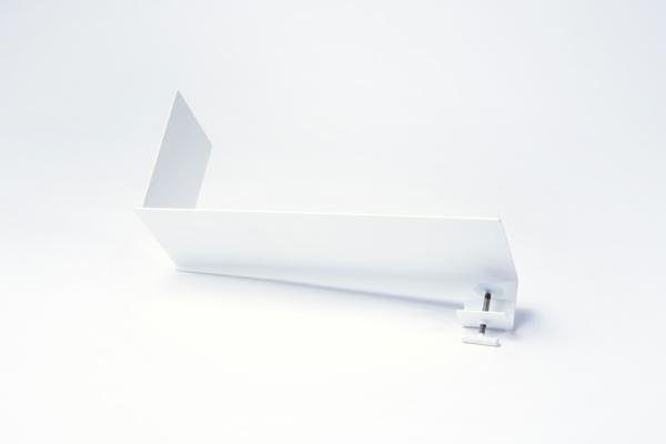 blumen vase design idee frau treppen weiß