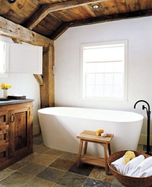 rustikale badezimmer design ideen badewanne scheunen holz