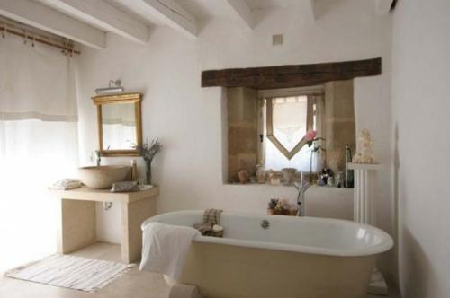 rustikale badezimmer design ideen badewanne schmutzig weiß