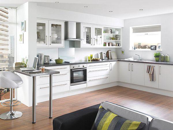schöne küchen farbpalette weiß schwarz klassisch streifen sofa kissen