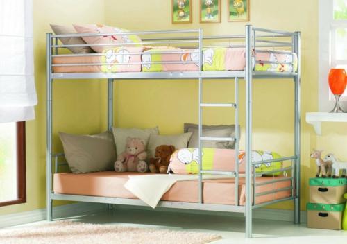 Etagenbett Verschönern : Schönes metall hochbett im kinderzimmer von letti cosatto