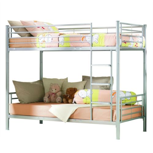 sch nes metall hochbett im kinderzimmer von letti cosatto. Black Bedroom Furniture Sets. Home Design Ideas