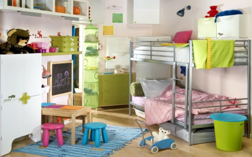 sch nes metall hochbett im kinderzimmer von letti cosatto. Black Bedroom Furniture Sets. Home Design Ideas