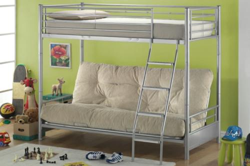schönes metall hochbett im kinderzimmer sofa rücklehne
