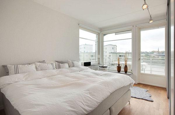 schönes modernes dach apartment schlafzimmer großes bett