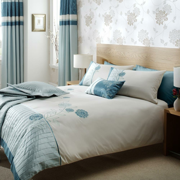 Schlafzimmer Blau: Schicke Bettwäsche Designs Im Schlafzimmer