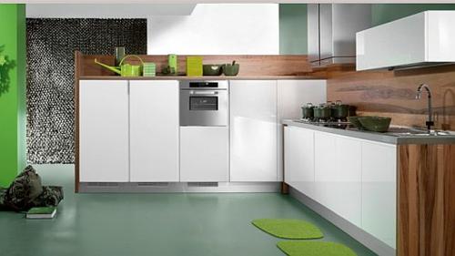 schicke küchen designs weiß glanzvoll grüne akzente