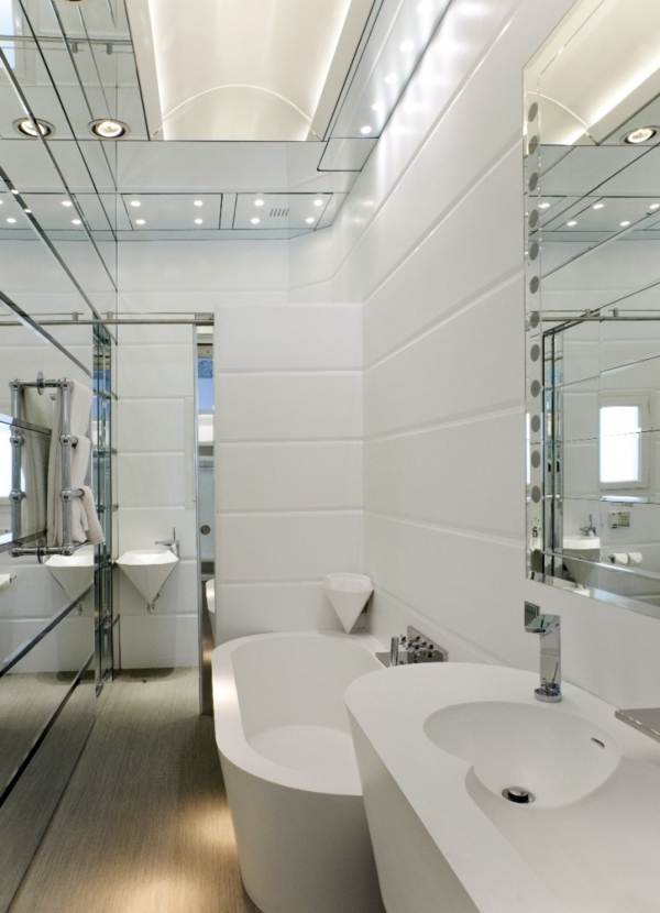 Schickes zentrales Hotel Design barcelona badewanne badezimmer