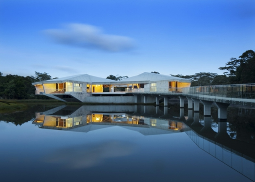 solides futuristisches haus design australien beleuchtung