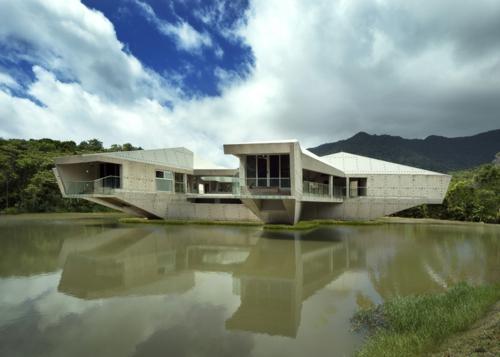 stabiles massives futuristisches haus design australien wetterfest massiv