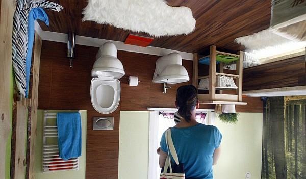umgedrehtes haus design polnische architekten badezimmer