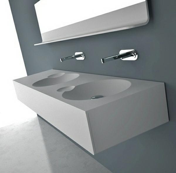 wunderschöne waschbecken im bad graue farben