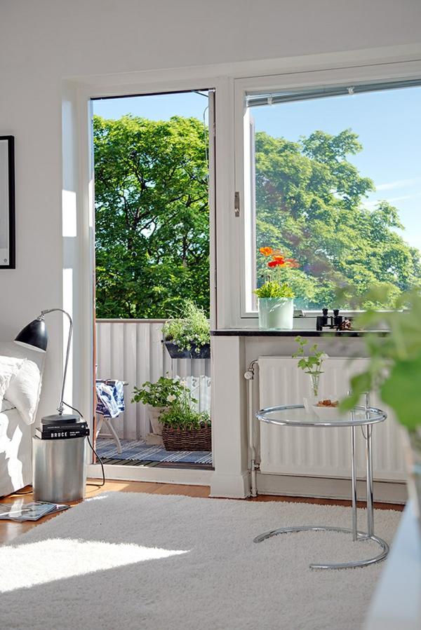 Charmante Einzimmerwohnung in Schweden beistelltisch metall rahmen