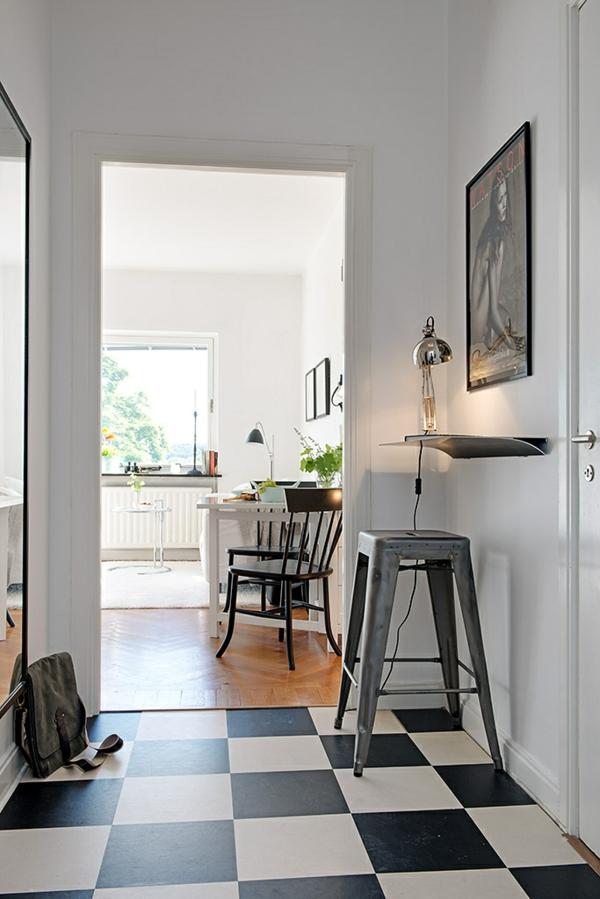 Charmante Einzimmerwohnung in Schweden fliesen schwarz weiß flur