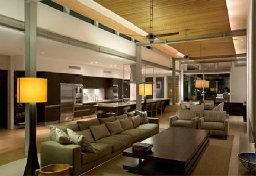 Das Wohnzimmer attraktiv einrichten sofa stehlampen tisch